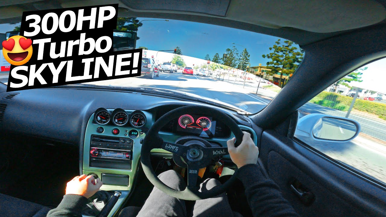 WHAT IT'S LIKE DRIVING A NISSAN SKYLINE... Honest Review POV