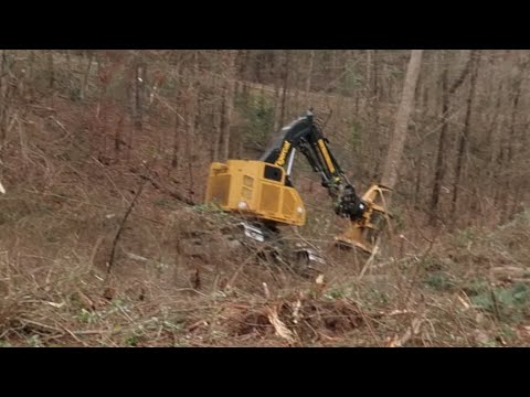 Tigercat LX830D nearly flipped over, look at the thumbnail ☝🏻 extreme