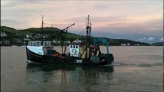 Repeat youtube video FISHING BOAT TYING UP CAMPBELTOWN SEP 2012 LOUD DIESEL!  RANGER.A