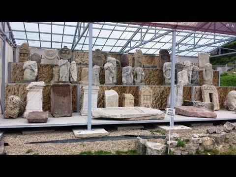 Blocuri dacice din situl arheologic Sarmizegetusa Regia