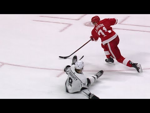 Larkin dekes past Doughty to score pretty goal