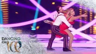 Sarina Nowak liefert trotz Erkältung eine leidenschaftliche Kür ab | Dancing on Ice | SAT.1