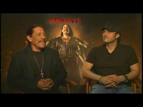 Danny Trejo y Robert Rodríguez en entrevista de MACHETE con Alex Medela