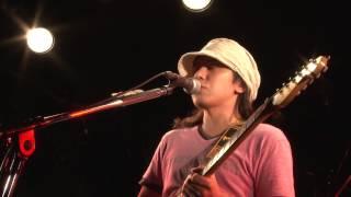 Drums:村石雅行 Bass:紺野光広 Keyboards:河内肇 Guitar / Vocal:森広隆.