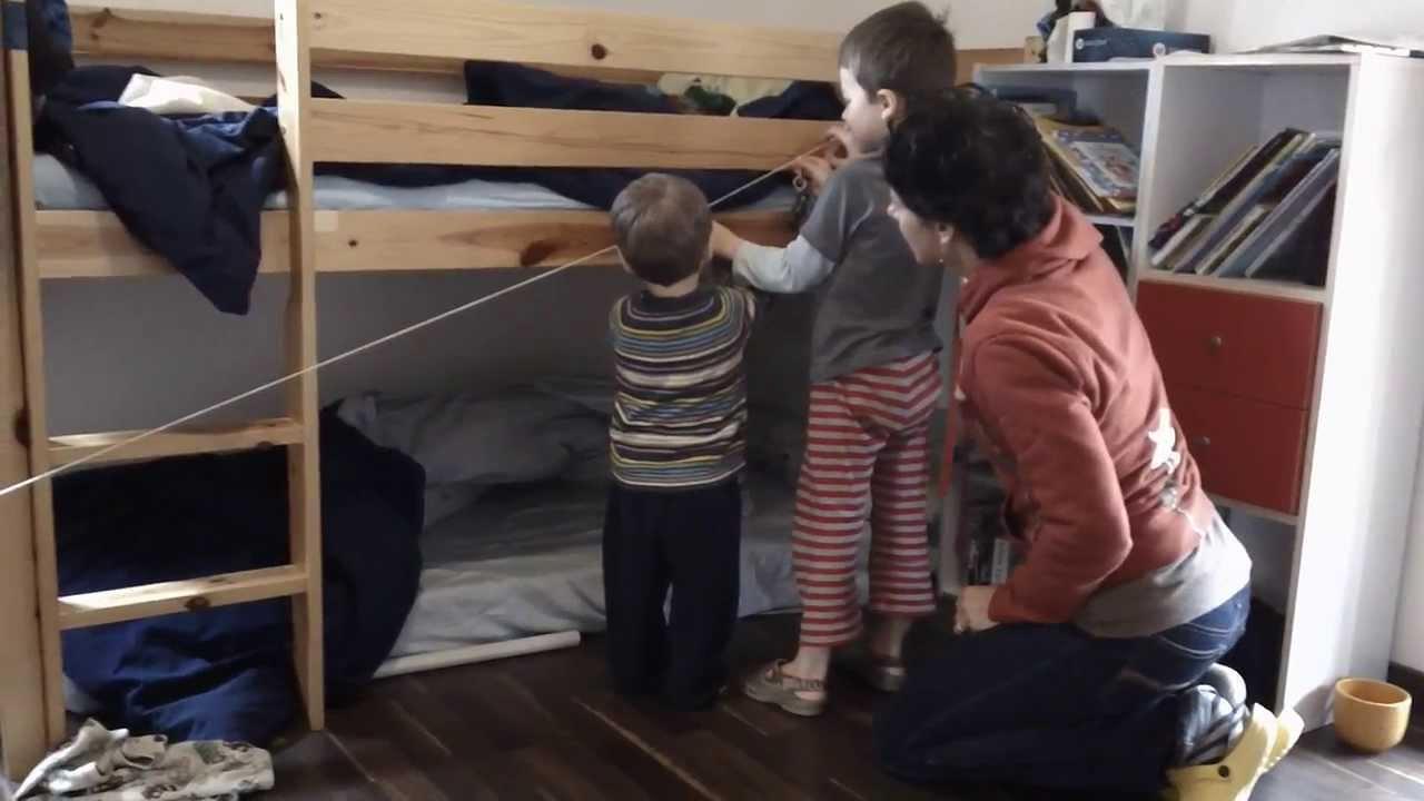 2013 11 3 tt & cody play zip line in bedroom - youtube