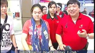 Thai teen who lost legs in MRT accident back in S'pore - 12Oct2011