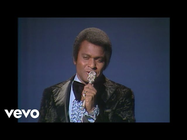 Charley Pride - Is Anybody Goin To San Antone (Live)
