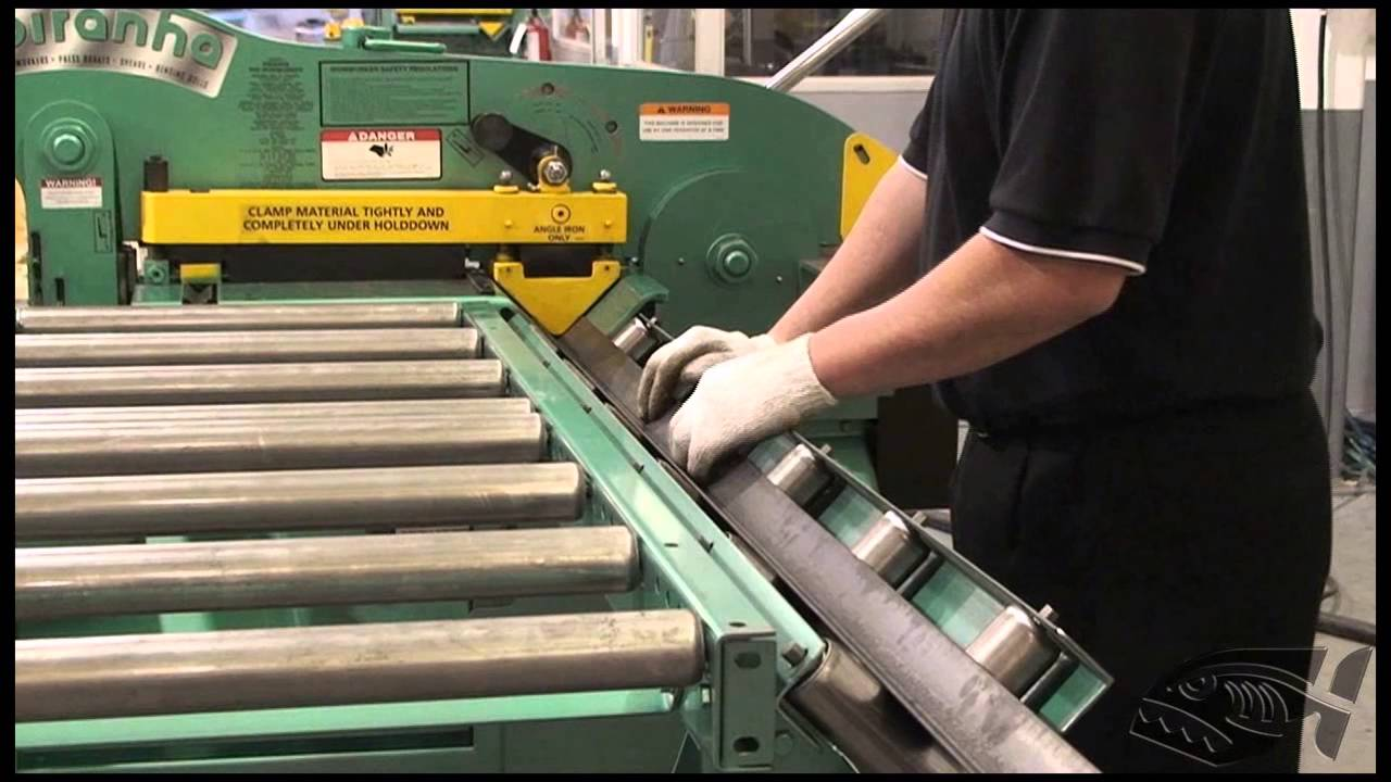 Piranha Material Handling Roller Feed Table - YouTube