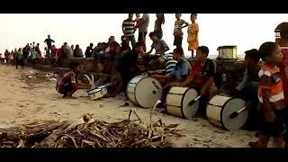 Single Terbaru -  Pengamen Unik Di Pantai Empu Rancak Jepara