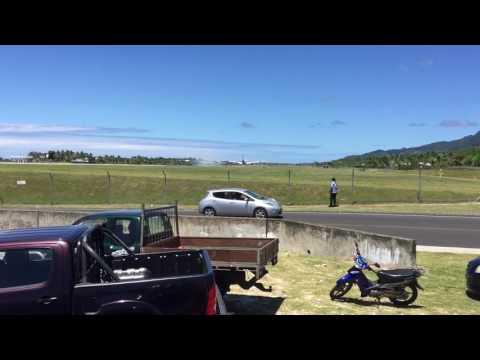 Air New Zealand B787 First Landing in Rarotonga