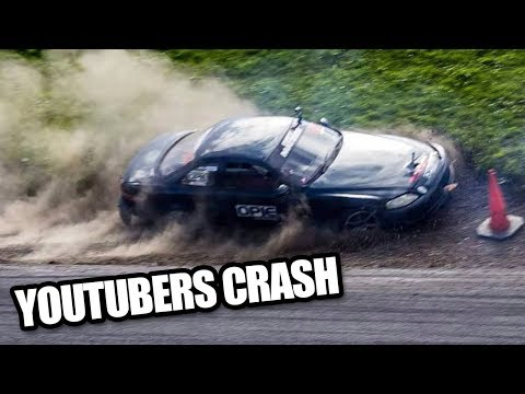 YouTubers Drift Crashes