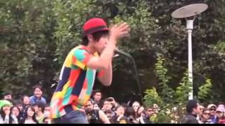 j ent on location daichi performing at union square in san francisco july 28 2013