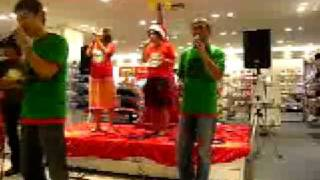 レッズの街浦和:専門店ビル・コルソその1 2012年12月12日に開催した、エファップ・ジャポン創立10周年記念パーティーの為に特別収録した、山本耀司氏と高橋幸宏氏による祝賀ビデオトーク...