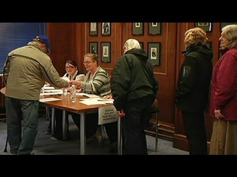 Falkland islanders vote in referendum