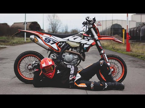 JE TESTE UNE KTM  EXC SUPERMOTO !