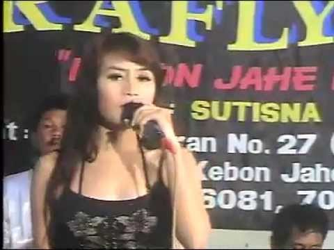 lina Geboy feat ai febrianty - Teman Biasa.mp4