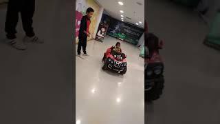 Baby Car Racing video