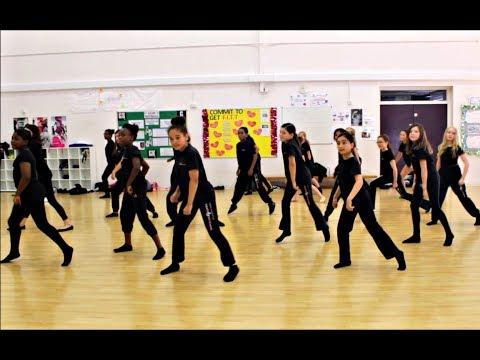 2 Minute Dance Tutorial with Mark Short | Anna Fiorentini Theatre & Film School