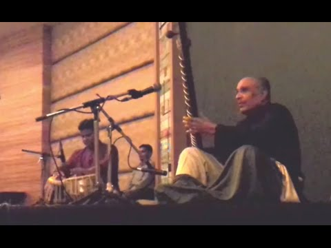 Classical Indian music with Sitar and Tabla