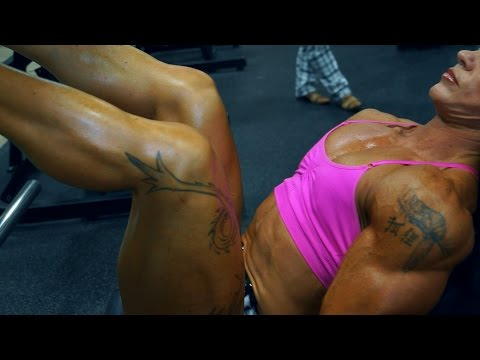 Sweaty Black BodyBuilder HOT Muscle Flex from YouTube · Duration:  58 seconds