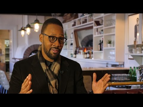 #RZA Bloomberg Politics Interview (Atlantis Build)