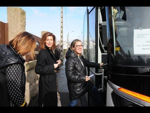 """<p>La&nbsp;conselleira de Infraestruturas e Mobilidade, Ethel Vázquez, se subió al autobús interurbano hoy en Ourense para probar la ruta al polígono de San Cibrao que incrementa en 4 los itinerarios previstos, con lo que se sitúan en 14.&nbsp;Con ella estuvo la delegada de la Xunta, Marisol Díaz.&nbsp;</p>  <p>Los nuevos contratos del Plan de Transporte Público, según explicó, aumentan en un 50% los servicios del interurbano con el polígono. Indicó que estos contratos, que comenzaron a funcionar el 8 de enero, """"atienden las solicitudes de los empresarios"""".</p>"""