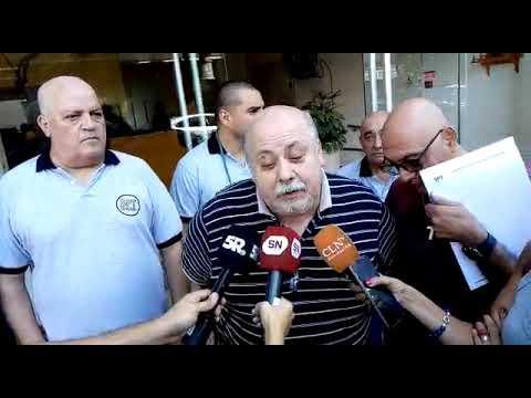 Pese a que Boix no apareció, hubo tensión frente al Sindicato de Peones de Taxis