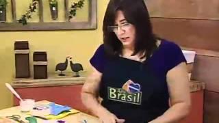 ARTE BRASIL - VIVIANE MIRANDA - MOSAICO COM EMBALAGENS PLÁSTICAS (25/08/2011)