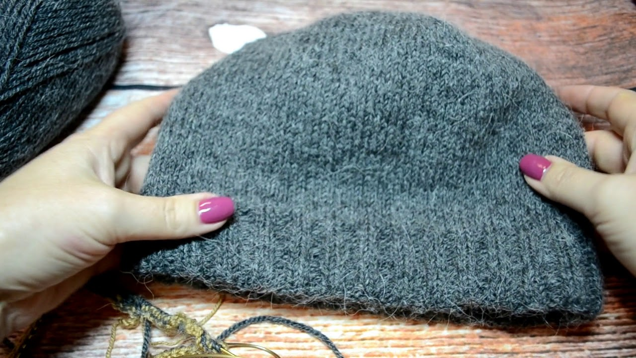 как связать двойную мужскую шапку спицами