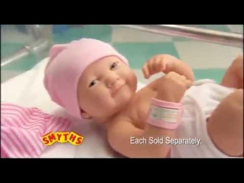 Две детские куклы Lil' Cutesies дети ванной распаковываем и купаем .