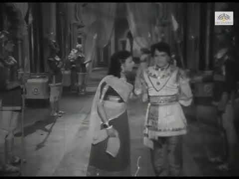 Comedy Scene from Piya Milan Hindi Classic Movie