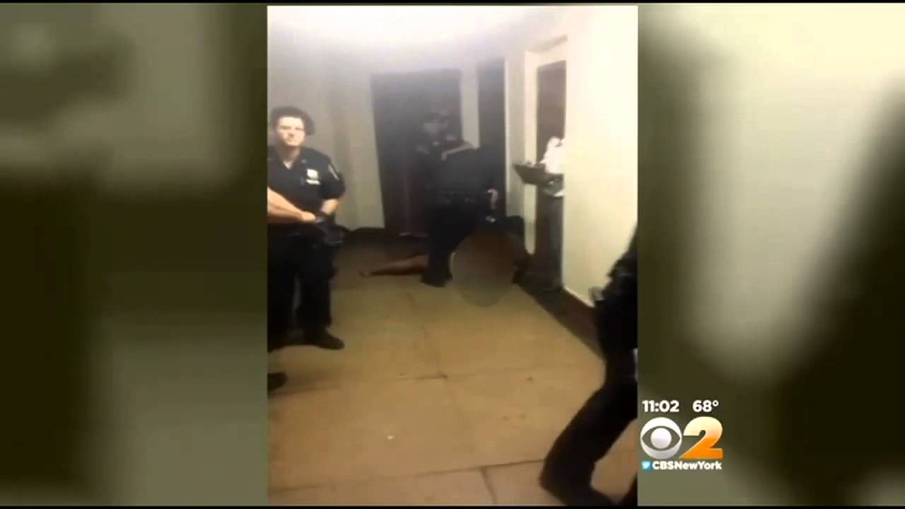 NYPD officers drag naked Brooklyn woman from apartment