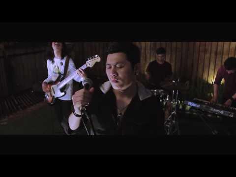 Wempie Bona - Ingatan yang Menemaniku (Showcase Video)