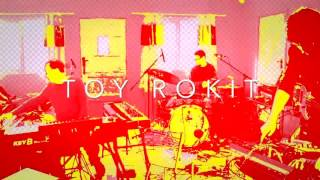 Toy Rokit - The Aeroplane and the Radio [extract]