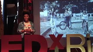 A representatividade da mulher negra na mobilidade urbana-bike | Lívia Suarez | TEDxRioVermelho