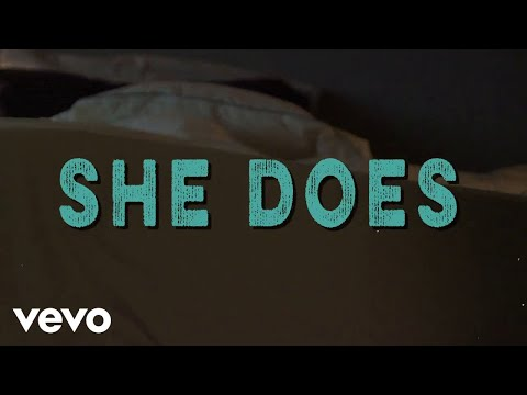 Jackie Lee - She Does (Lyric Video)