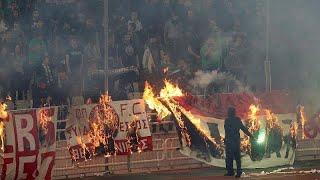 شاهد.. لحظة اقتحام الجماهير لملعب 'أوكا' واعتدائهم على اللاعبين في ديربي أثينا