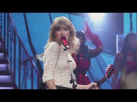 Taylor Swift kicks off 'Red' tour in Omaha, Nebraska