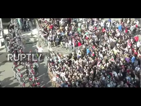 Lebanon: PM Hariri forced to flee as protesters send bottles flying at tax hike demo