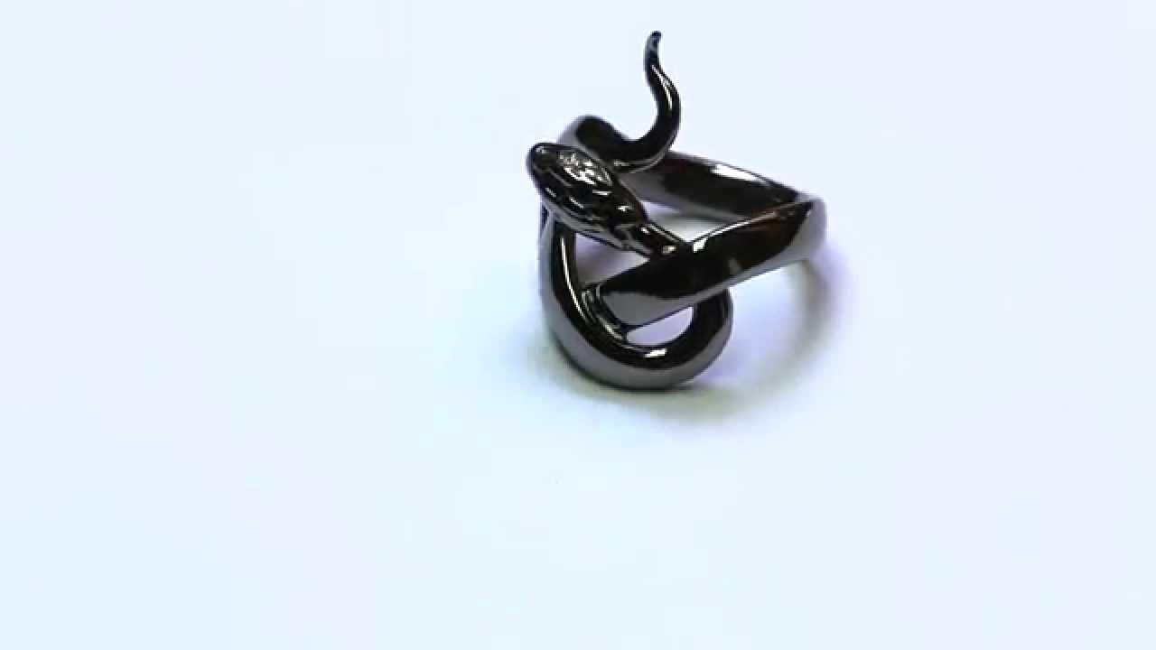 814ae236965 Bague serpent Sylvie Corbelin - YouTube