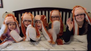 FIVE  LITTLE MONKEYS JUMPING ON THE BED - WITH ACTIONS!! BEST NURSERY RHYME SONG FOR KIDS! 5