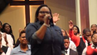 Tasha Cobbs - Break Every Chain / Jesus Did It!