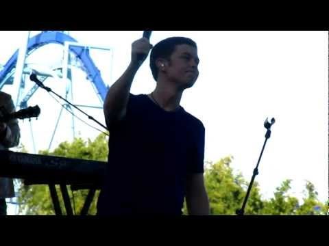 Scotty McCreery- I Love You This Big LIVE at SeaWorld