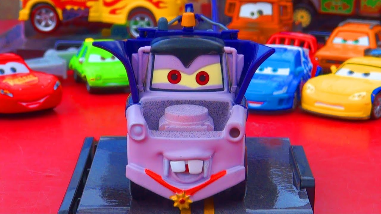 Disney Cars Toys Youtube: Cars 2 Halloween Dracula Mater 1-43 Scale Disney Store