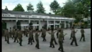 dan, đân vũ Ta là thế hệ thứ tư trong quân đội, (People dance, dance)