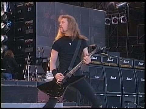Metallica - Enter Sandman - Wembley (1992) [Proshot]