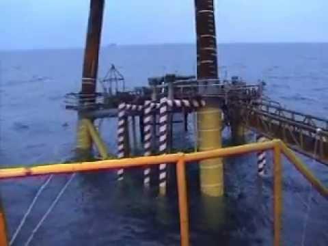 Oil - Gas Rig sinking
