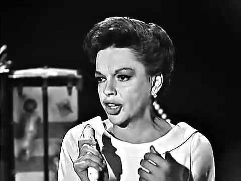 Judy Garland - Battle Hymn Of The Republic
