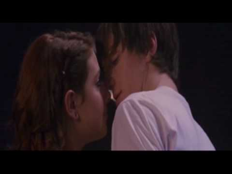 Angus Thongs and Perfect Snogging - Ultra Violet