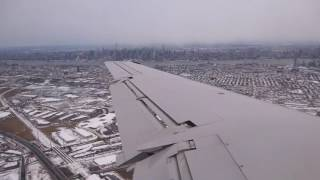 United ERJ-145 - A Freezing Cold and Bumpy Landing at New York Newark Airport